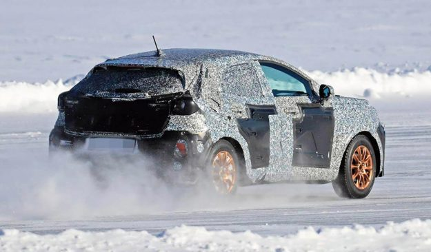 ford-fiesta-crossover-winter-test-spy-photo-2019-proauto-06