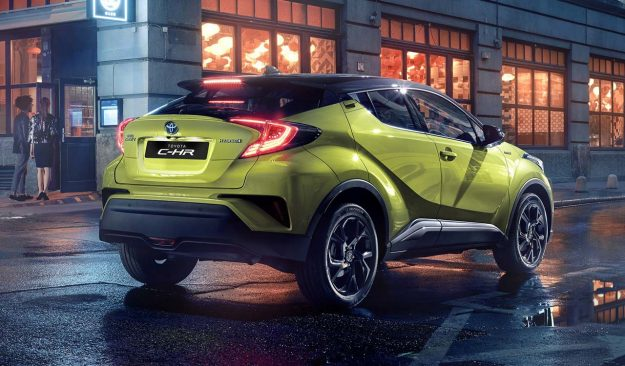 toyota-c-hr-neon-lime-powered-by-jbl-2019-proauto-02