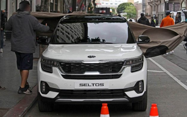 kia-seltos-spy-photo-2019-proauto-01