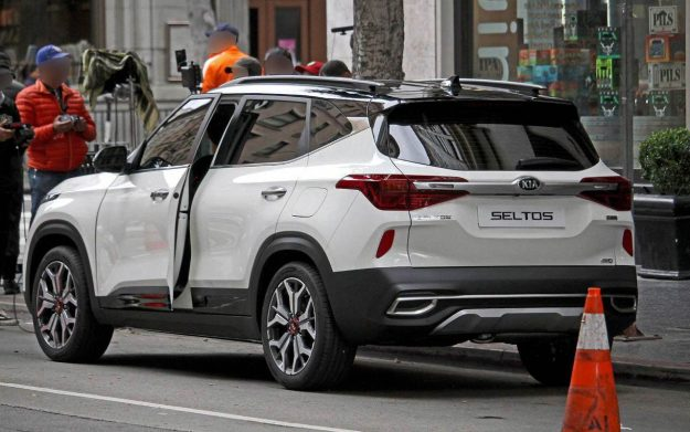 kia-seltos-spy-photo-2019-proauto-04
