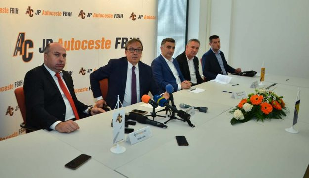 potpisan-ugovor-izgradnja-dionice-donja-gracanica-tunel-zenica-poddionica-vranduk-ponirak-koridor-5c-2019-proauto-02