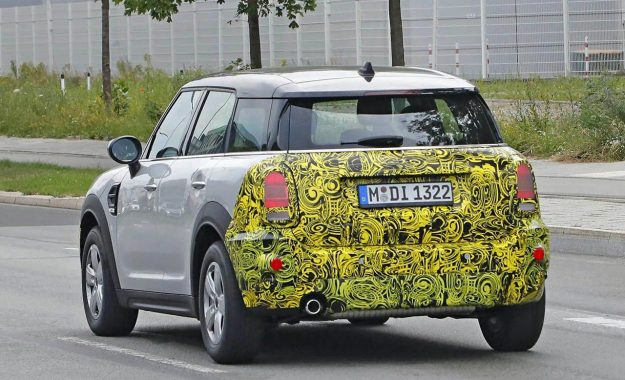 mini-countryman-facelift-spy-photo-2019-proauto-04