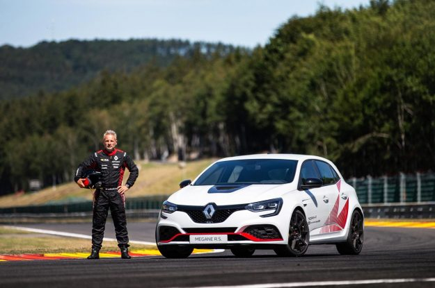 renault-megane-r-s-trophy-r-spa-francorchamps-record-2019-proauto-02