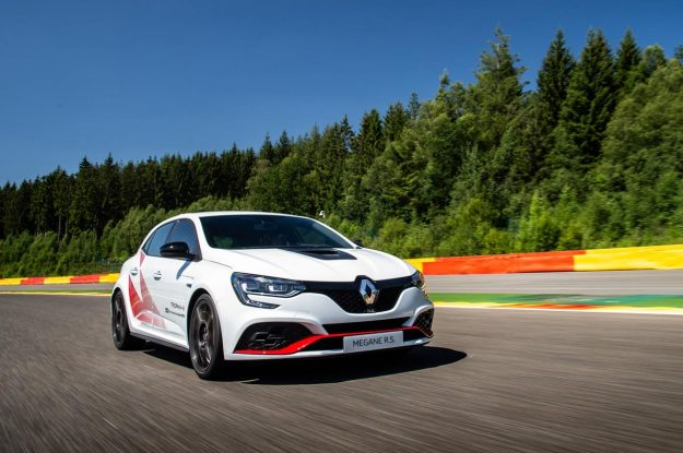 renault-megane-r-s-trophy-r-spa-francorchamps-record-2019-proauto-03
