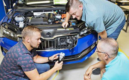 Škoda priprema osoblje za elektromobilnost