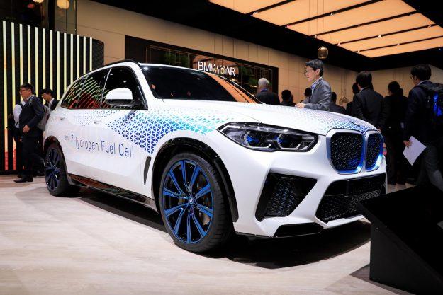 bmw-i-hydrogen-next-concept-at-frankfurt-iaa-2019-proauto-04