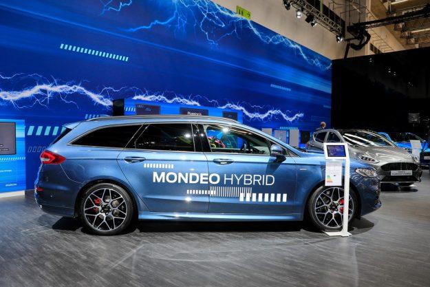 Ford Mondeo Turnier Hybrid [2019]