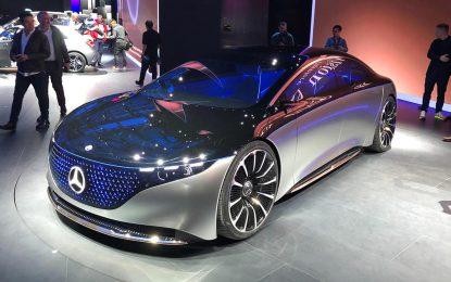 Mercedes-Benz Vision EQS – osvijetlio Frankfurt