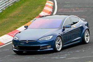 Iz Tesle stižu najave da će proizvodni Model S sa 7 sjedišta biti brži na Nürburgringu od Porschea Taycana [Video]