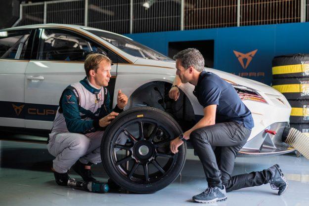 cupra-e-racer-test-mattias-ekstrom-2019-proauto-02