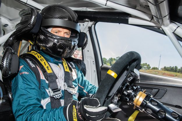 cupra-e-racer-test-mattias-ekstrom-2019-proauto-03
