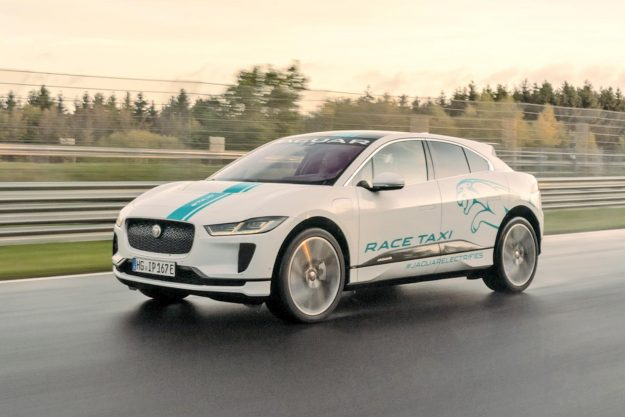 jaguar-i-pace-e-taxi-nurburgring-nordschleife-2019-proauto-02