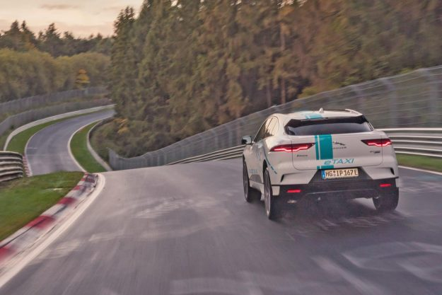 jaguar-i-pace-e-taxi-nurburgring-nordschleife-2019-proauto-04