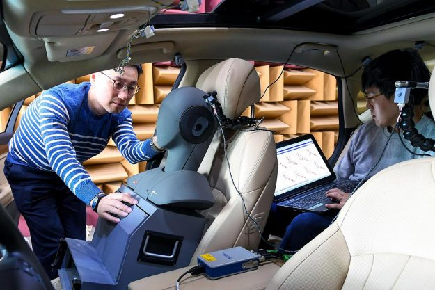 hyundai-motor-group-develops-worlds-first-road-noise-active-noise-control-technology-2019-proauto-02