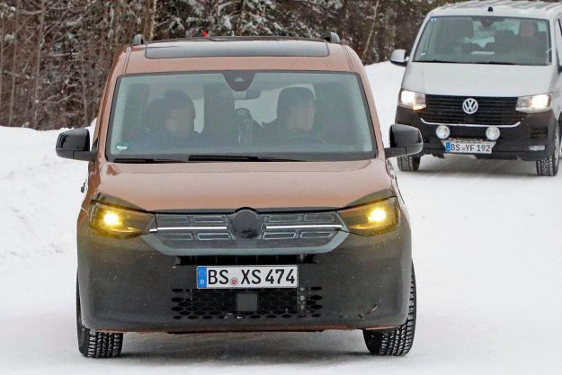 volkswagen-caddy-family-mpv-winter-test-spy-photo- 2020-proauto-01