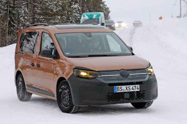 volkswagen-caddy-family-mpv-winter-test-spy-photo- 2020-proauto-02