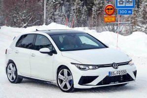 Volkswagen Golf R – bez kamuflaže?!