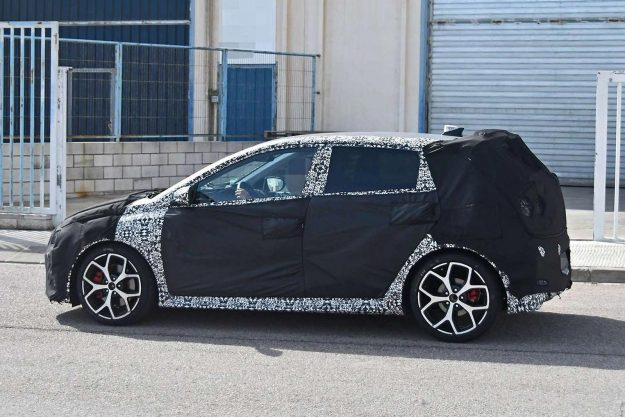 hyundai-i20-n-spy-photo-2020-proauto-02