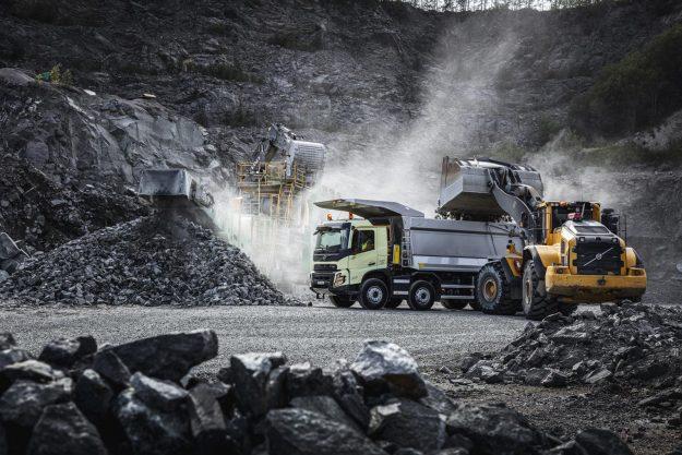 kamioni-volvo-trucks-volvo-fmx-2020-proauto-01