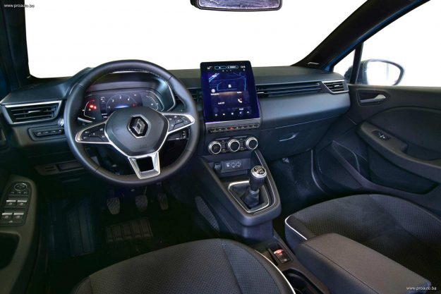 test-renault-clio-edition-one-blue-dci-115-m6-2020-proauto-42