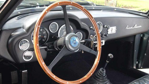 aston-martin-dbs-zagato-prototype-vehicle-spy-photo-2020-proauto-10-aston-martin-db4gt-zagato