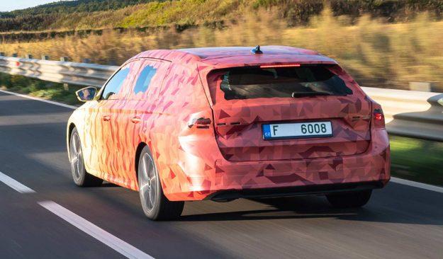 skoda-art-of-camouflage-2020-proauto-04-skoda-octavia