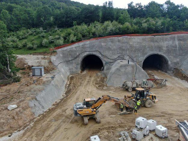 aktivnosti-na-izgradnji-tunela-ivan-jp-autoceste-fbih-2020-05-proauto-01