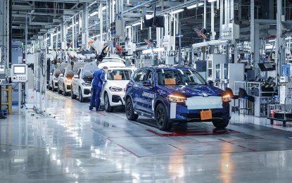 Kako je i planirano, krajem ljeta započinje serijska proizvodnja električnog BMW-a iX3