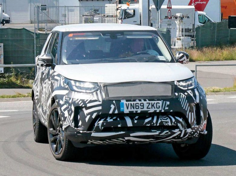 land-rover-discovery-facelift-nurburgring-spy-photo-2020-proauto-02