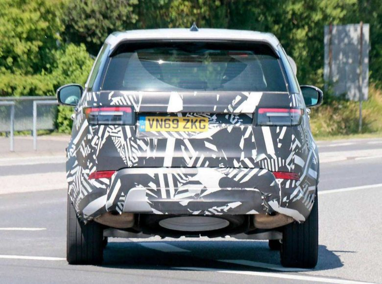 land-rover-discovery-facelift-nurburgring-spy-photo-2020-proauto-05