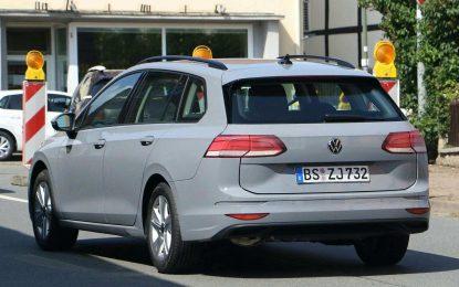 Volkswagen Golf Variant – kamuflaža samo na stražnjim svjetlima