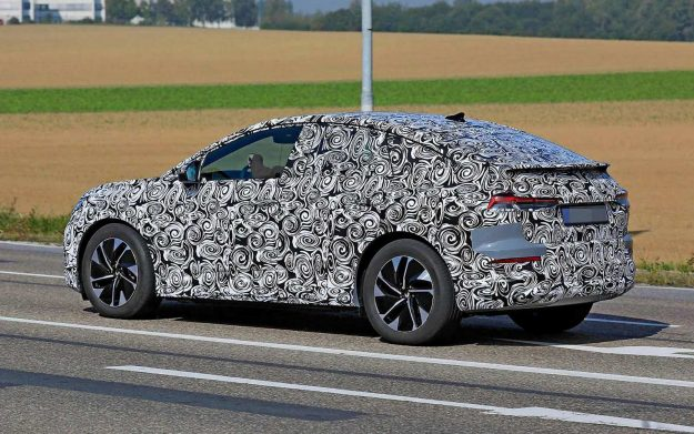 audi-q4-sportback-e-tron-spy-photo-2020-proauto-04