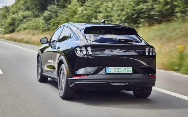 ford-mustang-mach-e-stize-u-evropu-2020-proauto-02