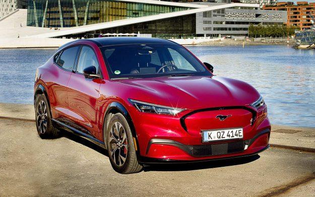 ford-mustang-mach-e-stize-u-evropu-2020-proauto-03