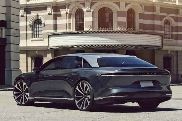 lucid-motors-2020-proauto-04-lucid-air-electric-vehicle