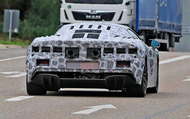 mclaren-hybrid-supercar-spy-photo-2020-proauto-04