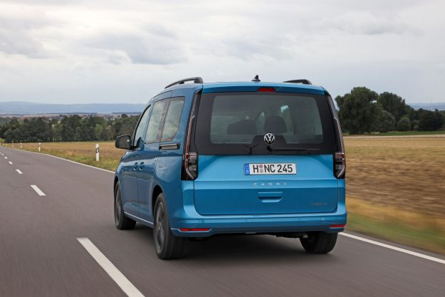 volkswagen-caddy-california-2020-proauto-03