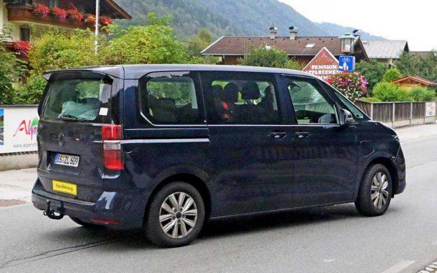 volkswagen-transporter-t7-hybridfahrzeug-spy-photo-2020-proauto-05