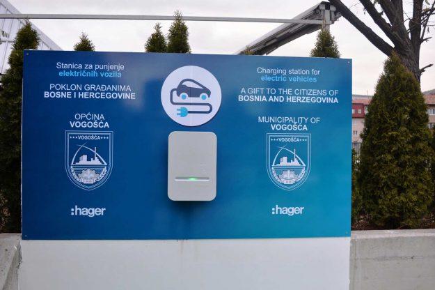 elektricno-vozilo-punjac-vogosca-2020-11-24-proauto-03