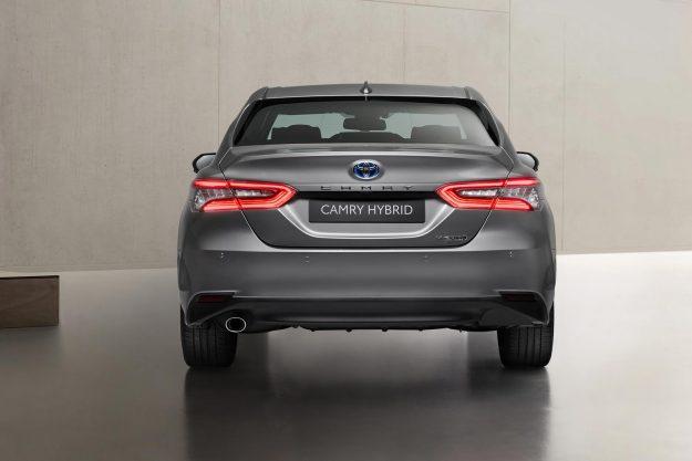 toyota-camry-hybrid-facelift-2020-proauto-07