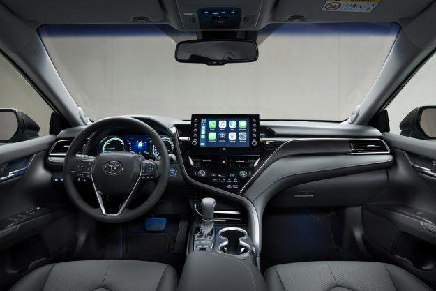 toyota-camry-hybrid-facelift-2020-proauto-22