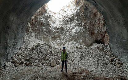 Četiri mjeseca prije roka probijena i lijeva cijev tunela Počitelj, na Koridoru 5C