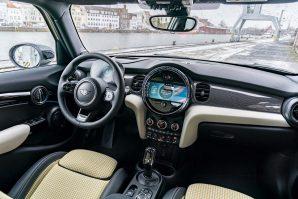 mini-cooper-s-5-door-facelift-2021-proauto-07
