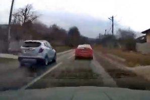 Bahata vožnja: Nesreća izbjegnuta u posljednjem trenutku [Video]