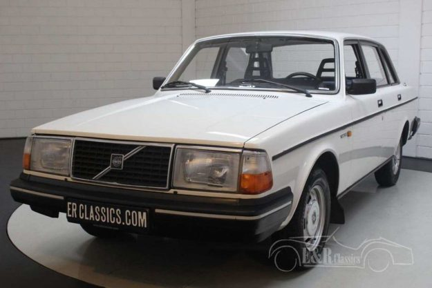 volvo-240-dl-1985-oldtimer-2021-proauto-02