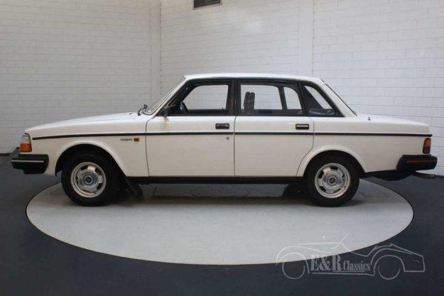 volvo-240-dl-1985-oldtimer-2021-proauto-03