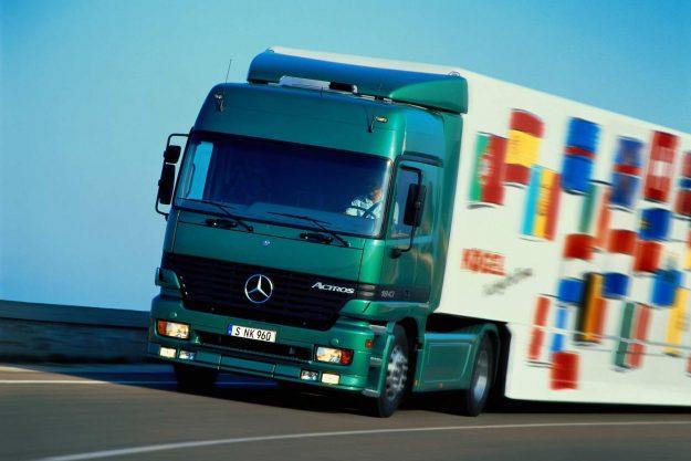 daimler-trucks-and-buses-2021-godina-jubileja-2021-proauto-06