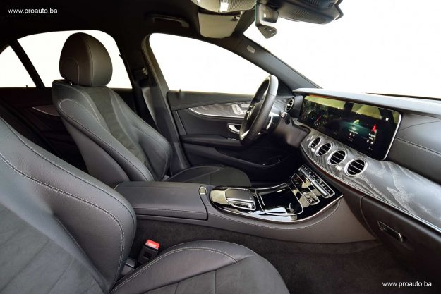 test-mercedes-benz-e-220d-4matic-sedan-w213-194-ks-2021-proauto-26