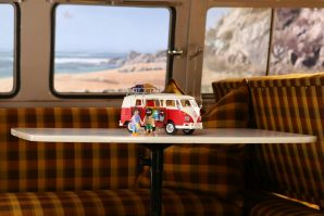 volkswagen-bulli-camper-vw-t1-camping-bus-igracka-playmobil-2021-proauto-07