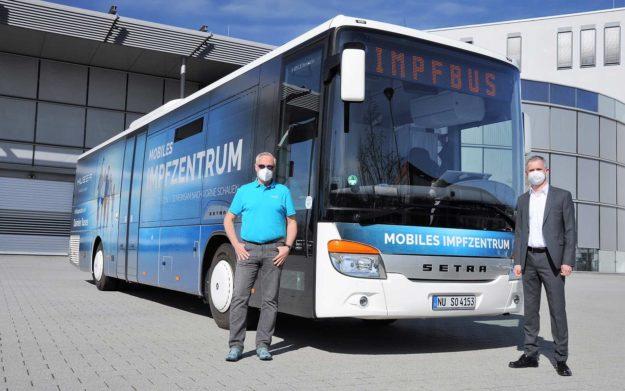autobusi-daimler-buses-setra-multiclass-s-415-le-vakcina-huber-group-isporuka-2021-proauto-01